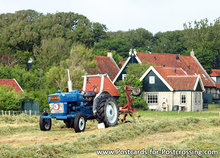 Postcard tractor Ford 3000