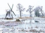 ansichtkaart winter Modelmolen Westendorp, postcardmill in winter, Postkarte Mühle im Winter