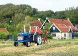 ansichtkaart tractor Ford 3000