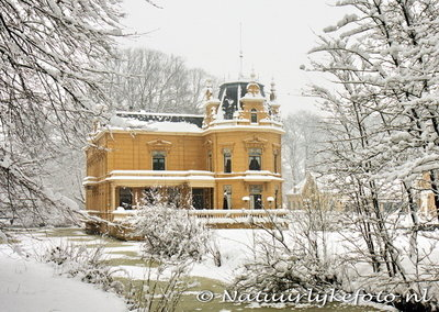 ansichtkaart winter borg Nienoord, winter postcard castle Nienoord, winter Postkarte Schloss Nienoord